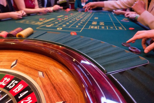 Loyarl Casino